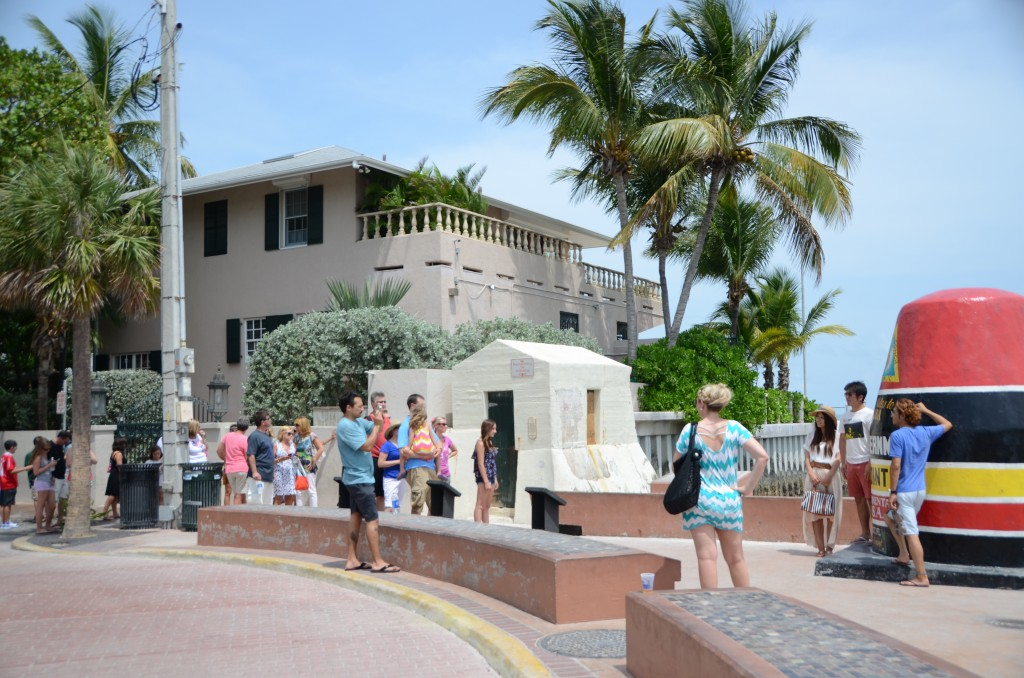 Southernmost tip - Long queue, Japanese Couple (pose #8)